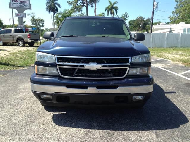 2006 Chevrolet Silverado 1500 LT Pickup 4D 5 3/4 ft - North Fort Myers FL