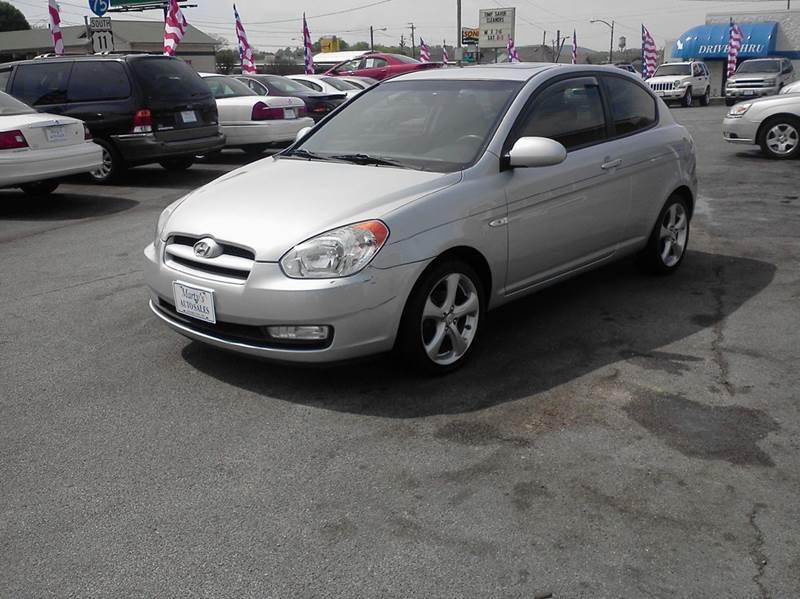 2008 Hyundai Accent SE 2dr Hatchback 5M - Lenoir City TN