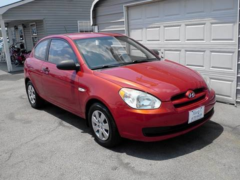 2009 Hyundai Accent for sale at Marty's Auto Sales in Lenoir City TN