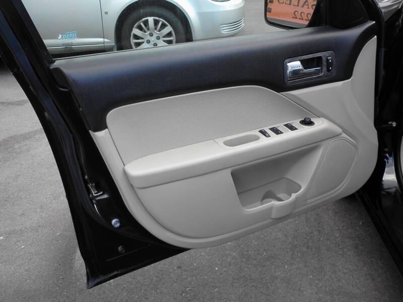 2009 Mercury Milan I-4 Premier 4dr Sedan - Lenoir City TN