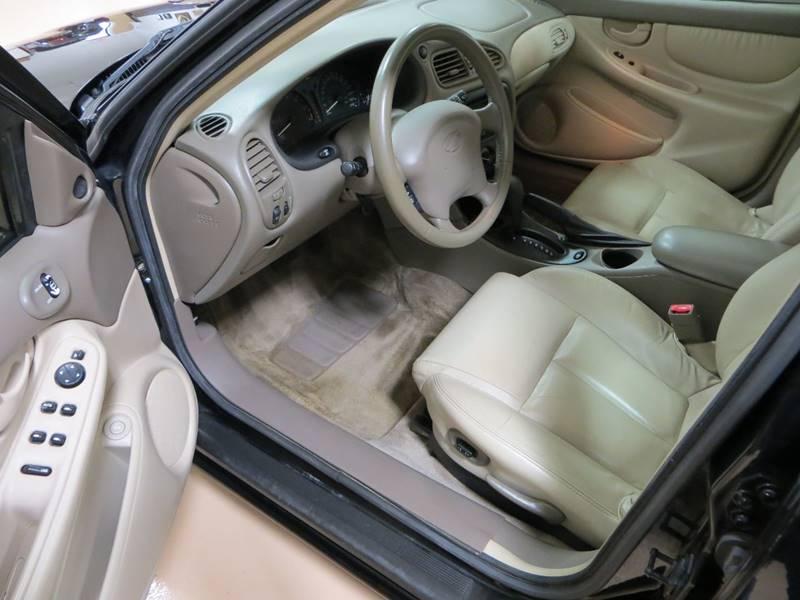 2002 Oldsmobile Alero GLS 4dr Sedan - Farmington Hills MI