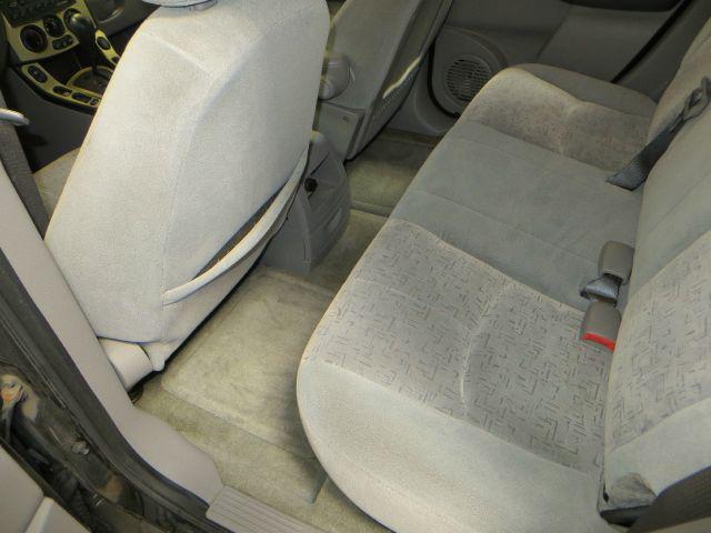 2002 Saturn Vue Base AWD 4dr SUV - Farmington Hills MI