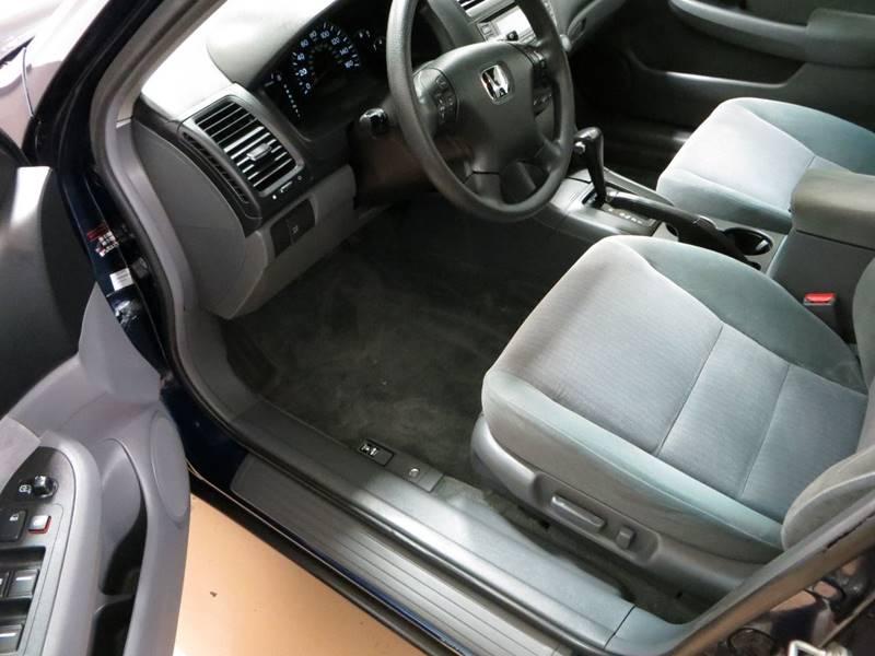 2005 Honda Accord LX V-6 4dr Sedan - Farmington Hills MI