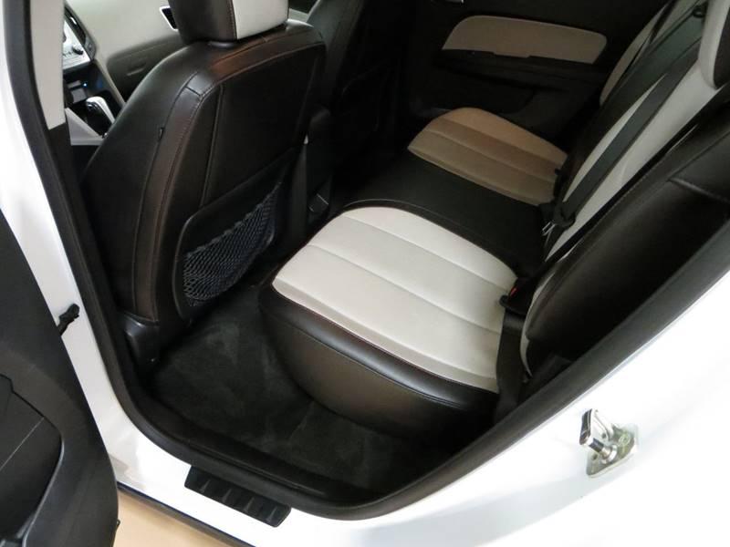 2011 Chevrolet Equinox LT 4dr SUV w/2LT - Farmington Hills MI