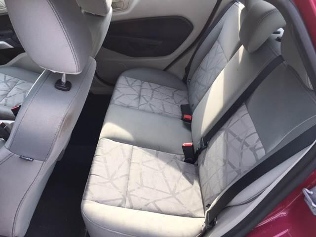 2011 Ford Fiesta SE 4dr Sedan - Madison WI