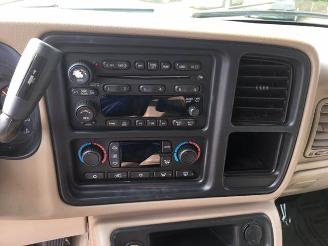 2005 Chevrolet Tahoe LT 4WD 4dr SUV - Madison WI