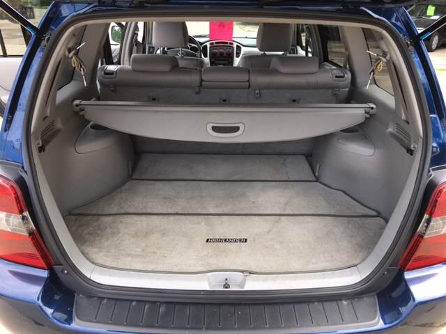 2004 Toyota Highlander AWD 4dr SUV V6 w/3rd Row - Madison WI