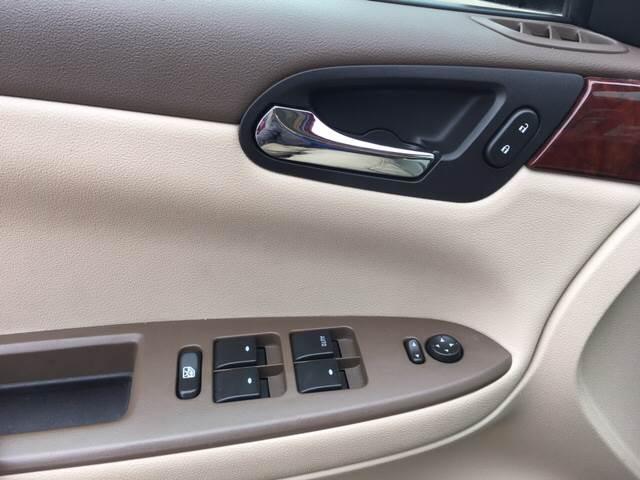 2006 Chevrolet Impala LT 4dr Sedan w/3.5L - Madison WI