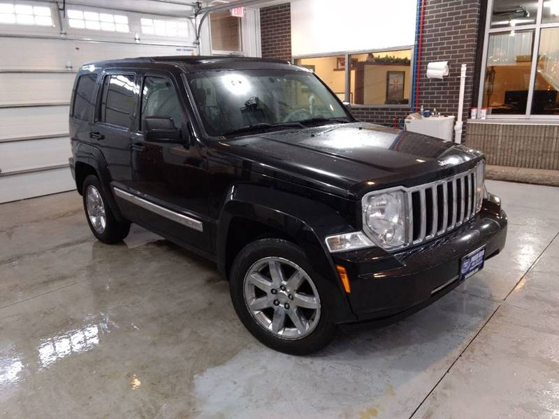 Captivating 2008 Jeep Liberty 4x4 Limited 4dr SUV   Escanaba MI