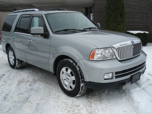 2006 lincoln navigator luxury 4dr suv 4wd in escanaba mi. Black Bedroom Furniture Sets. Home Design Ideas
