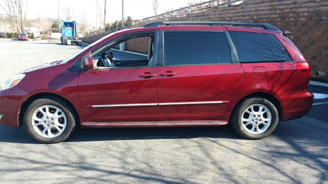 2004 Toyota Sienna for sale at Lehigh Valley Autoplex, Inc. in Bethlehem PA