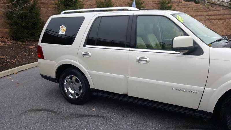 2006 Lincoln Navigator for sale at Lehigh Valley Autoplex, Inc. in Bethlehem PA