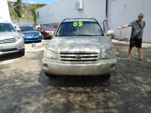 2003 Toyota Highlander for sale at Dream Cars 4 U in Hollywood FL