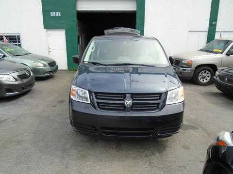 2008 Dodge Grand Caravan for sale at Dream Cars 4 U in Hollywood FL