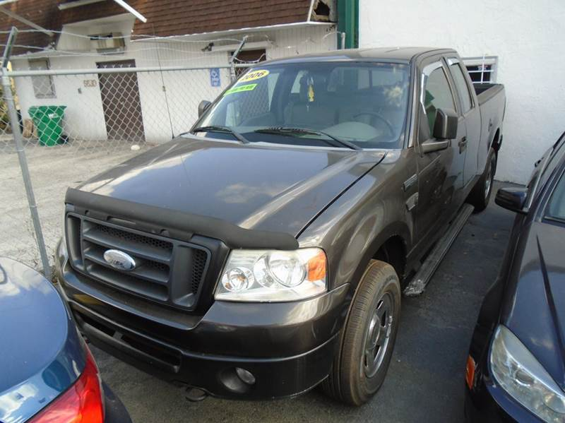 2006 Ford F-150 for sale at Dream Cars 4 U in Hollywood FL