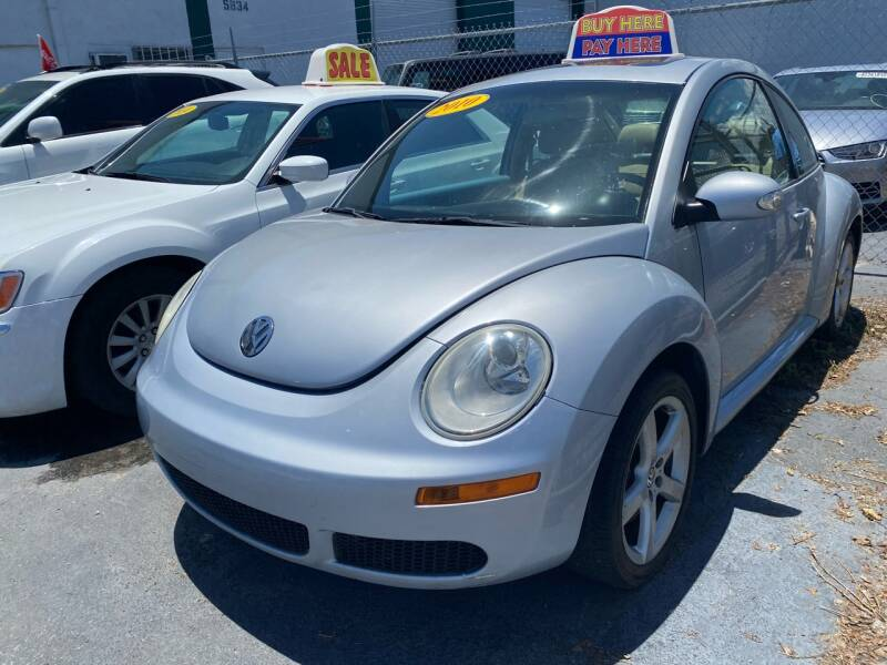 2010 Volkswagen New Beetle for sale at Dream Cars 4 U in Hollywood FL
