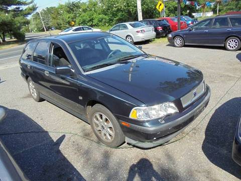 2000 Volvo V40 for sale at Jeremiah Auto Sales  certified pre-owned cars in Brick NJ