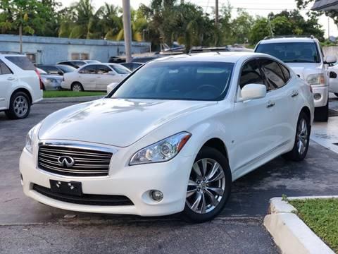 2014 Infiniti Q70 for sale in Fort Lauderdale, FL