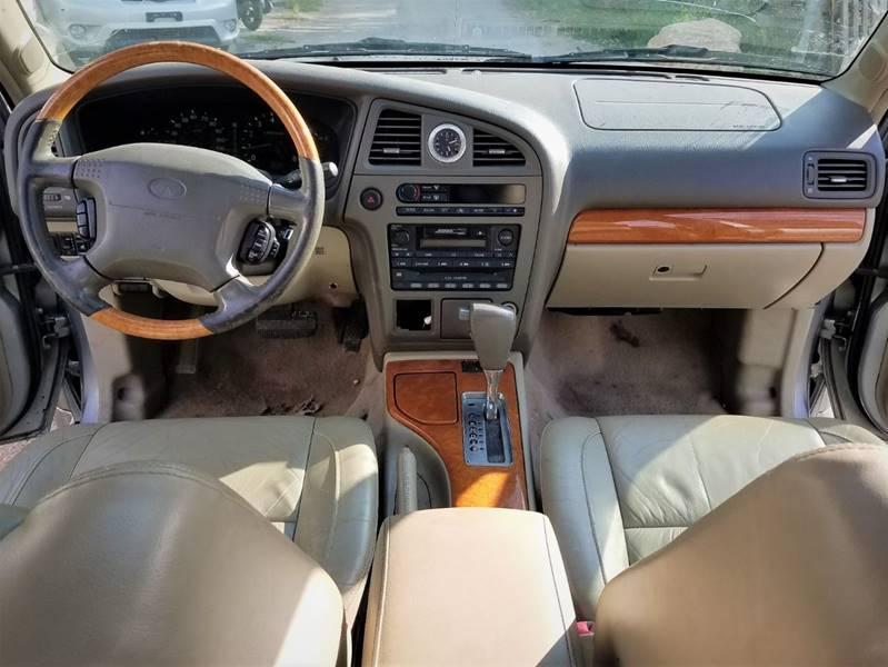 2001 Infiniti QX4 2WD 4dr SUV - Ankeny IA