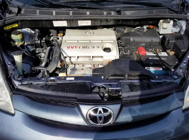 2006 Toyota Sienna XLE 7-Passenger 4dr Mini-Van - Ankeny IA