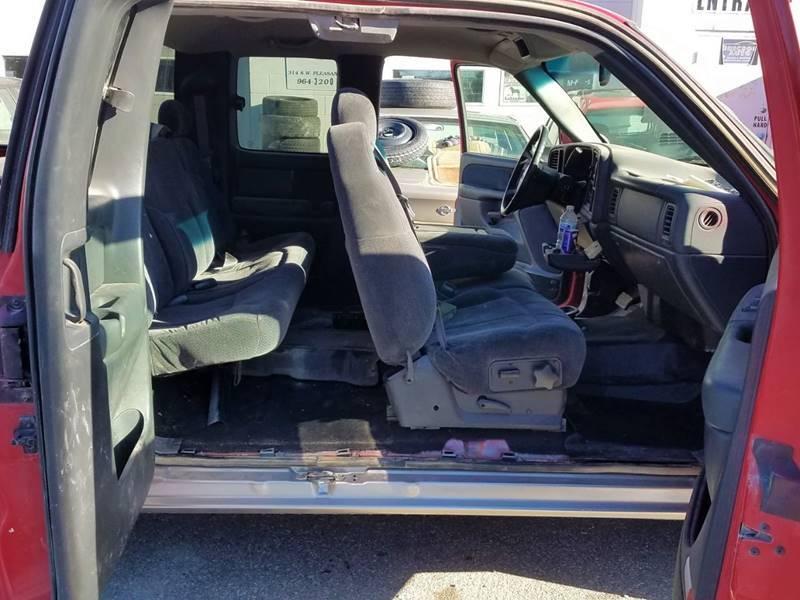 1999 Chevrolet Silverado 1500 LS (image 7)