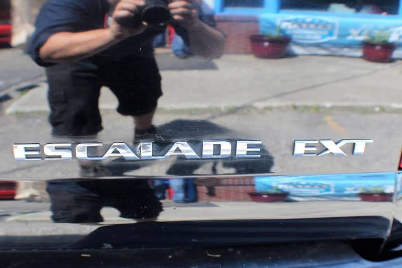2007 Cadillac Escalade EXT AWD 4dr Crew Cab SB - Wingdale NY