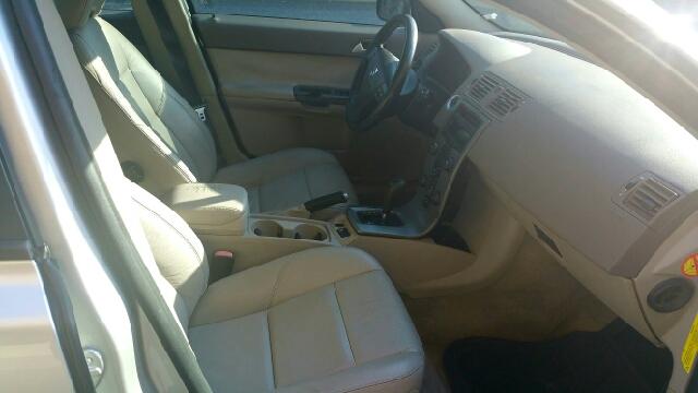 2005 Volvo S40 2.4i 4dr Sedan - Wingdale NY