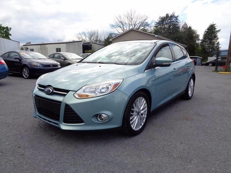 2012 ford focus sel 4dr hatchback in strasburg va supermax autos. Black Bedroom Furniture Sets. Home Design Ideas