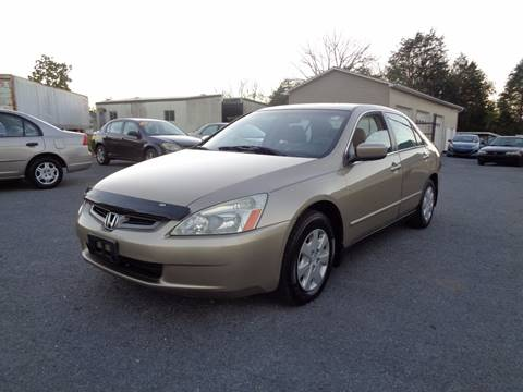 2004 Honda Accord for sale at Supermax Autos in Strasburg VA