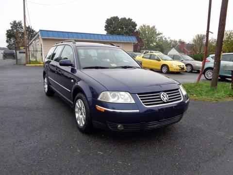2002 Volkswagen Passat for sale at Supermax Autos in Strasburg VA