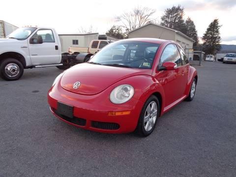 2007 Volkswagen New Beetle for sale at Supermax Autos in Strasburg VA