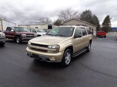 2005 Chevrolet TrailBlazer EXT for sale at Supermax Autos in Strasburg VA