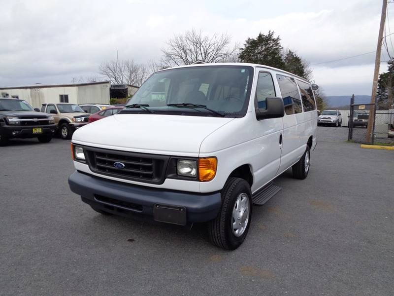 2f37719663 2006 Ford E-Series Wagon E-350 SD XL 3dr Passenger Van In Strasburg ...