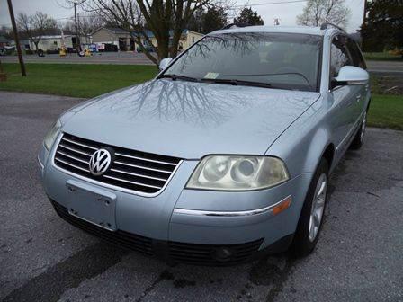 2004 Volkswagen Passat for sale at Supermax Autos in Strasburg VA