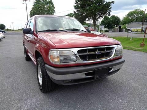 1998 Ford Explorer for sale at Supermax Autos in Strasburg VA