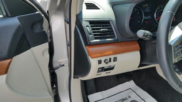2014 Subaru Outback 2.5i Limited AWD 4dr Wagon - Plains PA