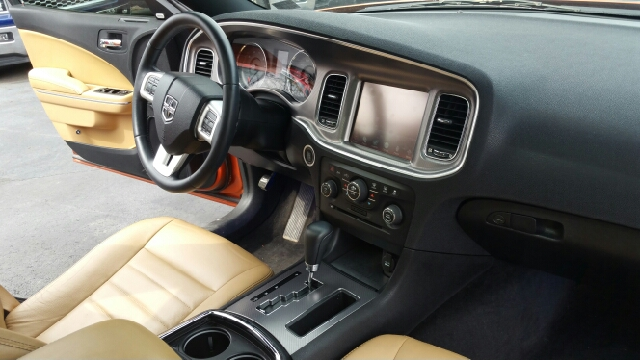 2011 Dodge Charger Rallye Plus 4dr Sedan - Plains PA