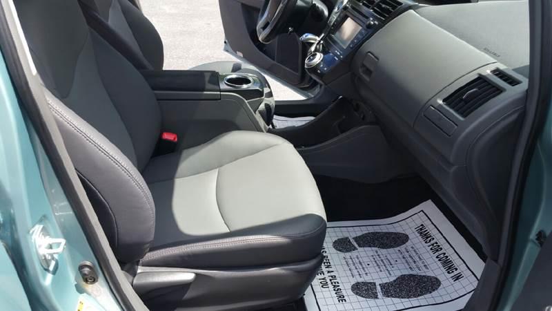 2013 Toyota Prius v Five 4dr Wagon - Plains PA