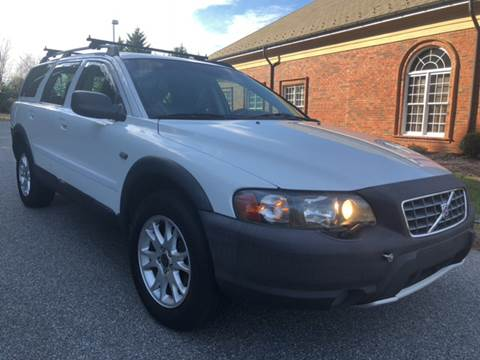 2004 Volvo XC70 for sale at Creekside Automotive in Lexington NC