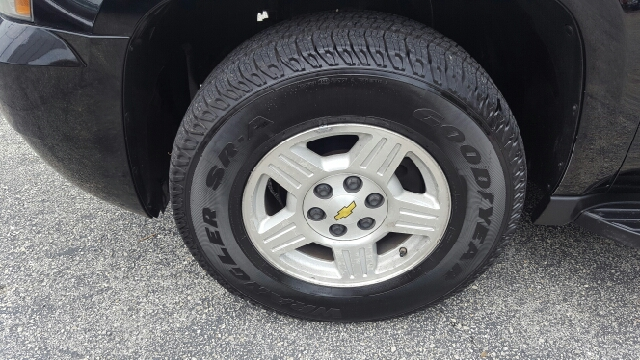 2007 Chevrolet Suburban LT 1500 4dr SUV - Austin TX