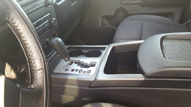 2009 Nissan Titan 4x2 SE FFV Crew Cab Short Bed 4dr - Austin TX