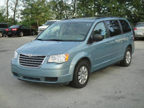 2010 Chrysler Town and Country for sale in New Castle, DE