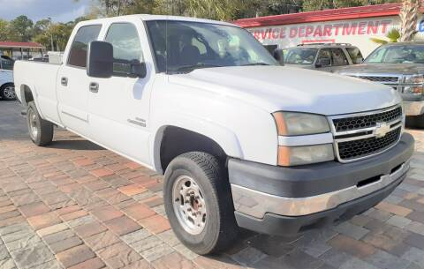2006 Chevrolet Silverado 2500HD for sale at Affordable Auto Motors in Jacksonville FL