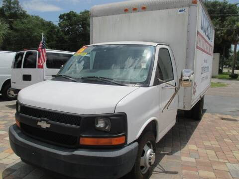 2006 Chevrolet Express Cutaway for sale at Affordable Auto Motors in Jacksonville FL