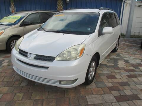 2005 Toyota Sienna for sale at Affordable Auto Motors in Jacksonville FL