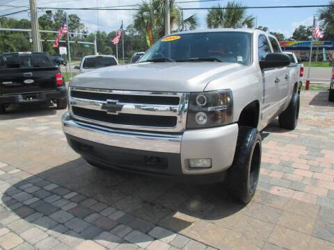 2007 Chevrolet Silverado 1500 for sale at Affordable Auto Motors in Jacksonville FL