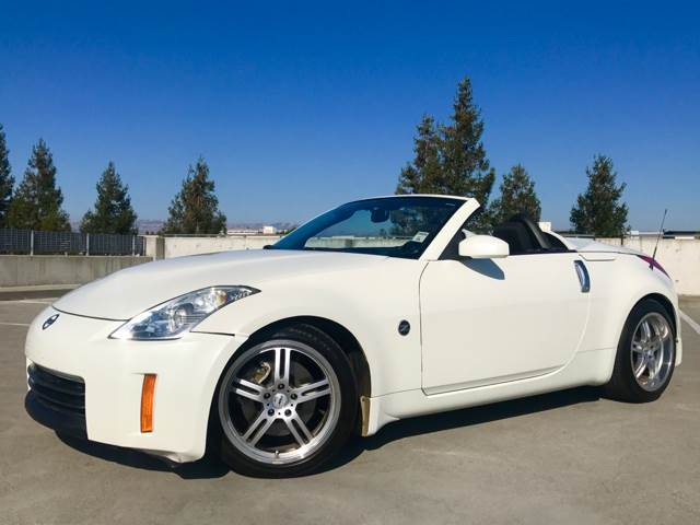 2008 NISSAN 350Z TOURING 2DR CONVERTIBLE 5A white 18 in chrome wheels 2-stage unlocking doors
