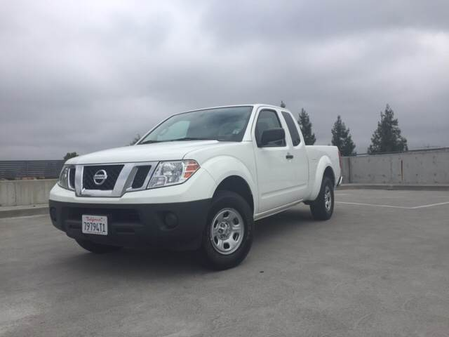 2015 NISSAN FRONTIER SV 4X2 4DR KING CAB 61 FT SB P white 2-stage unlocking doors abs - 4-whee