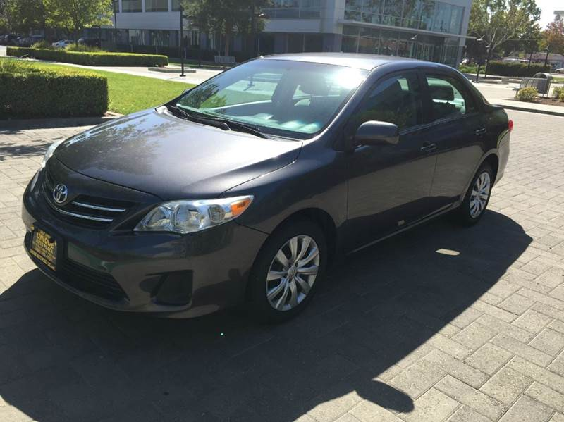 2013 TOYOTA COROLLA LE 4DR SEDAN 4A abs - 4-wheel active head restraints - dual front air filtra