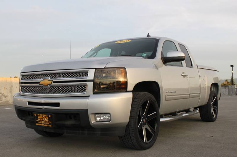 2013 CHEVROLET SILVERADO 1500 LTZ 4X2 4DR EXTENDED CAB 65 FT silver 3rd row seating 4x4 off-ro